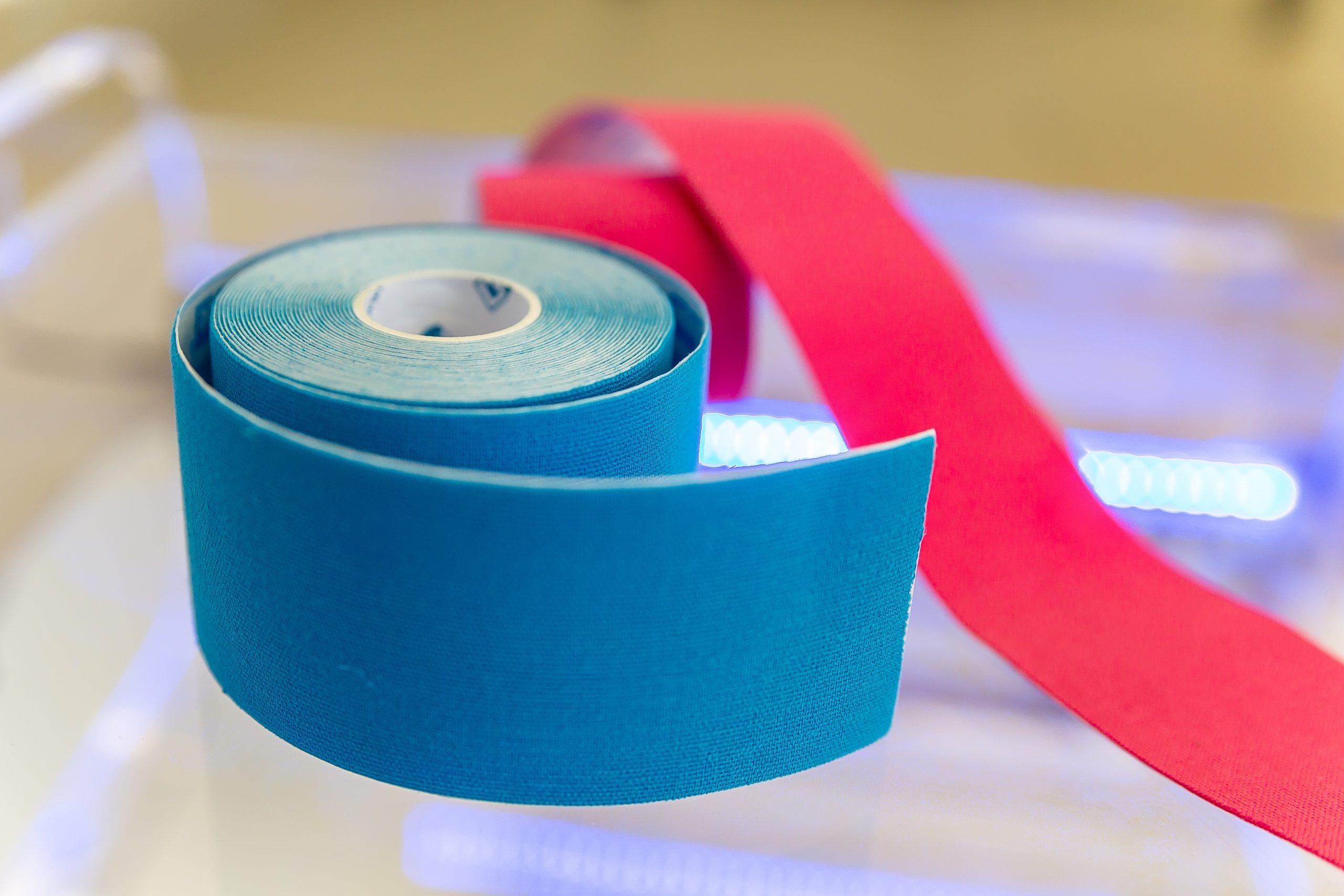 le taping : bande adhésive thérapeutique